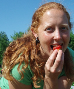 "Amy Smith of Heart Beet Organics in Darlington, PE. Amy will be presenting ""Investing in Farmland: Key Considerations for Beginner Farmers"" at the 3rd Beginner Farmer Symposium/ le 3e Symposium annuel pour les fermiers débutants & soirée d'accueil on August 18th, 2014 in Sackville, NB."